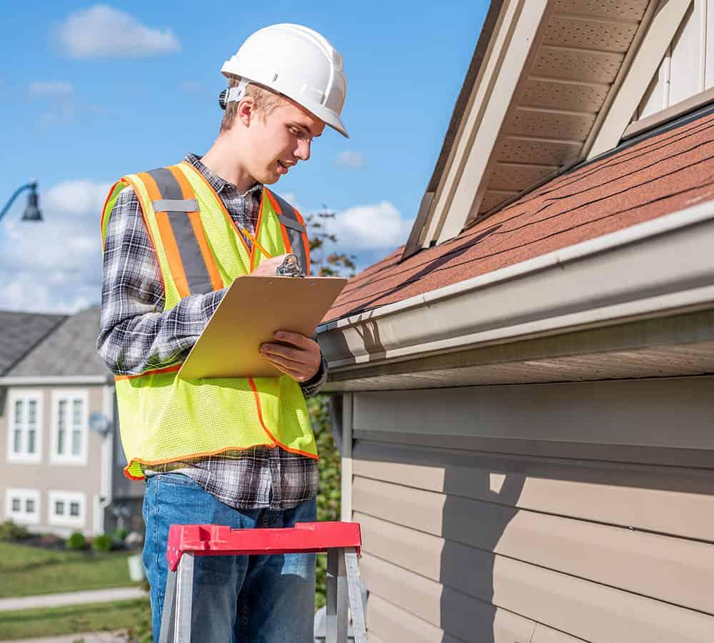 https://www.noahsroofing.net/wp-content/uploads/2021/07/roof-inspections.jpg